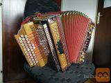 Diatonična harmonika Melodija, A-D-G s 3 dodatnimi gumbi