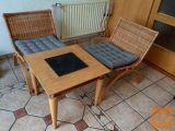 Klubska miza in dva stola