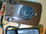 STAREJŠI TELEFON ISKRA